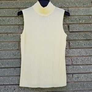 Dana Buchman M yellow Sleeveless turtleneck